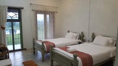 ภูอันนาอีโค่เฮ้าส์ (Phu-Anna Eco House)
