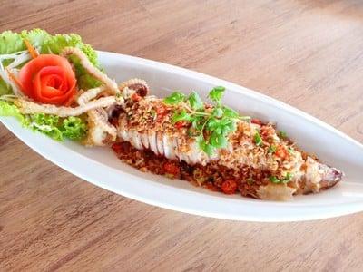 โอท็อป ซีฟู๊ด มาร์เก็ต ป่าตอง (Otop Seafood Market Patong)