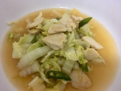 ผัดผักกาดขาวไก่