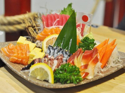 Nigiwai Sushi (นิกิวาอิ ซูชิ)