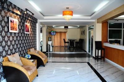 โรงแรมโฮมเพลส (Home Place Lopburi)