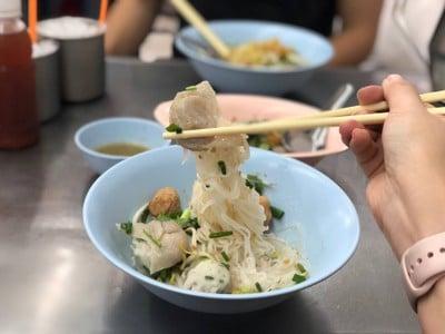 เจ้าหลงลูกชิ้นปลา (ZaoLong Fishball Restaurant) เจริญกรุง - ถนนตก - หัวลำโพง