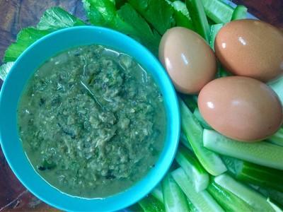 น้ำพริกปลาร้าปลาทู+ไข่ต้ม