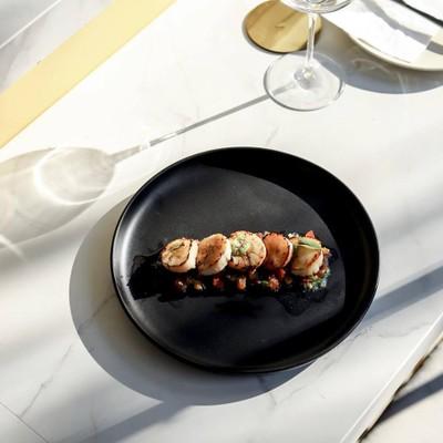 Quarter.conceptual dining