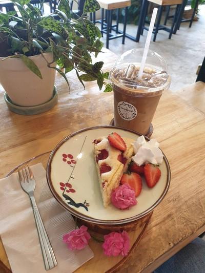 Inwardly Cafe'