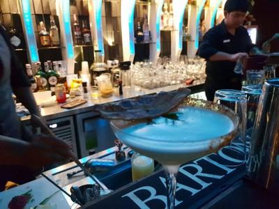 "Larbmoo • ""ลาบหมู"" แก้วนี้บาร์เทนเดอร์เป็นคนแนะนำเอง รสชาติเหมือนกินลาบจริงๆ แปลกแต่ก็อร่อ ที่ ร้านอาหาร Happy trees Bistro&bar"