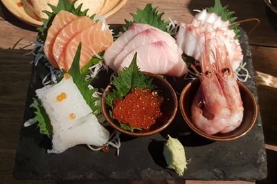 Assorted Sashimi 6 Kinds