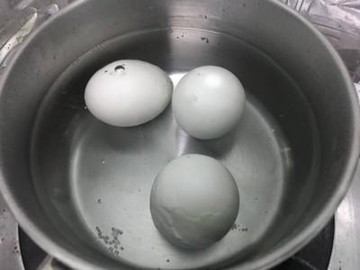 วิธีทำ หมูสับผัดไข่เค็ม