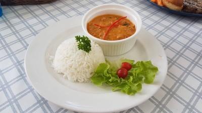 ศูนย์อาหารพรีเมี่ยมฟู้ด (Premiumfoodcenter)