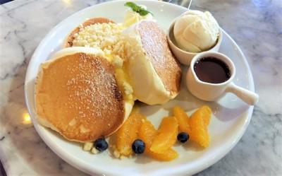 LeTAO Crumble Lemon Cream Pancakes ที่ ร้านอาหาร LeTAO Central Ladprao