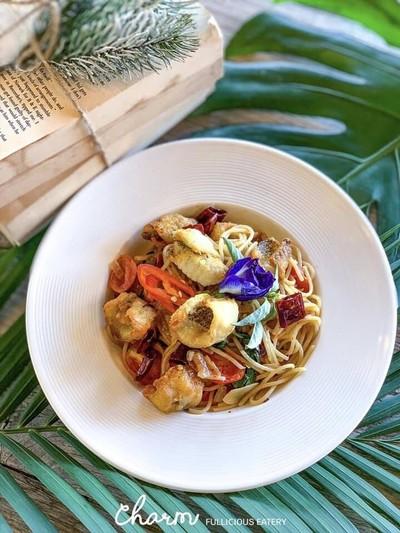 ชาม fullicious eatery (ชาม)