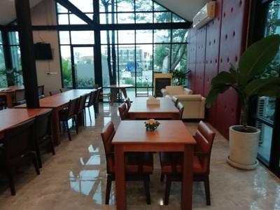 Warila Cafe.