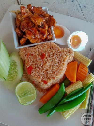 ข้าวผัดน้ำพริกลงเรือ+ไก่หวาน