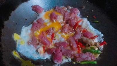 วิธีทำ ผัดไข่ใส่แหนม