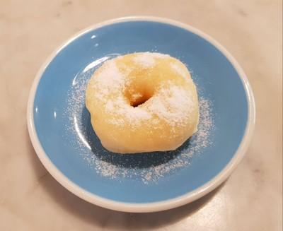 Original Donut โดนัทเนยสดโรยน้ำตาลไอซิ่ง