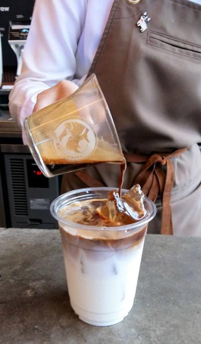 Iced caffee latte