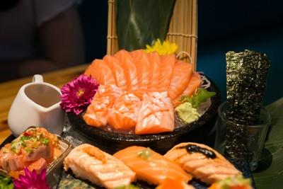 Salmon 360 Degree
