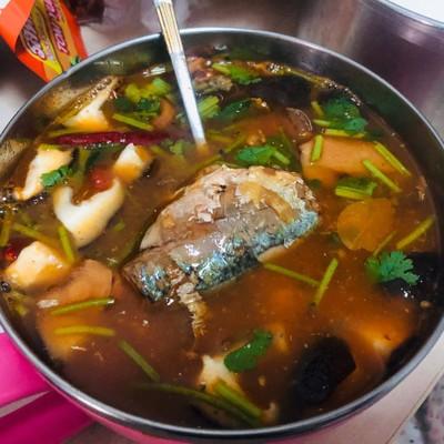 ต้มยำปลากระป๋อง แก้อยากอาหารไทย