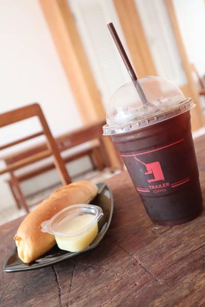 Trailer Coffee (เทเลอร์คอฟฟี่) คุ้มขันโตก หลังบิ๊กซี เอ็กตร้า (พายัพ)