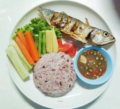 ข้าวปลาทูทอดน้ำบูดู