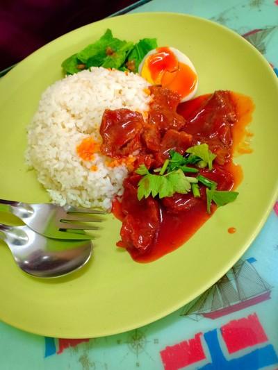 ร้านอาหารม๊ะดูบี (Madube Restaurant)