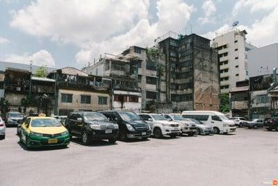 โรงหนังเฉลิมบุรีเก่า