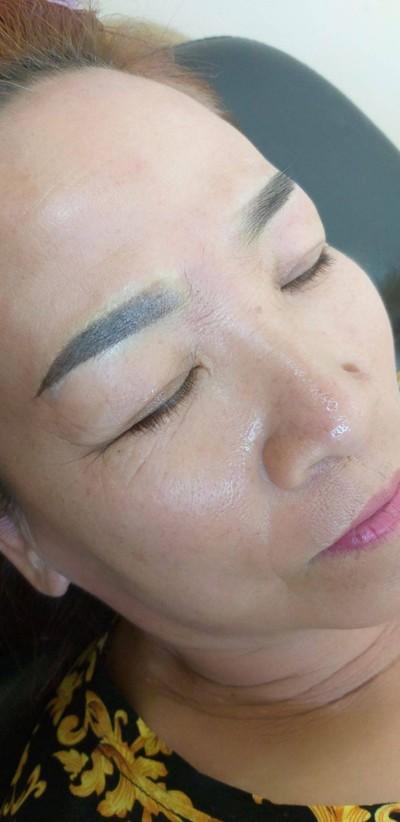 สักคิ้วสวยโดยอ.ธีร์ (Tee Academy & Tattoo Eyebrows)