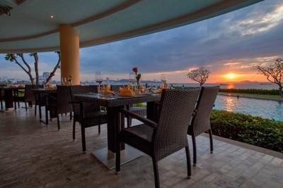 The Bay International Skewers Restaurant Dusit Thani Pattaya