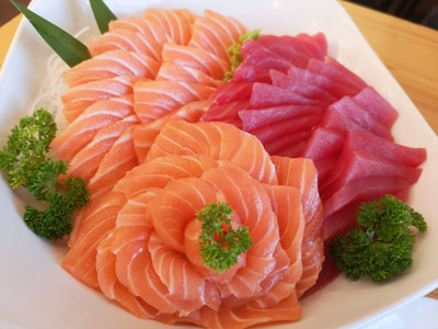 Yoshi Japanese Restaurant พระประแดง