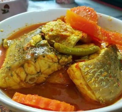 แกงส้มปลากระพงผักรวม (แกงส้มปักษ์ใต้)