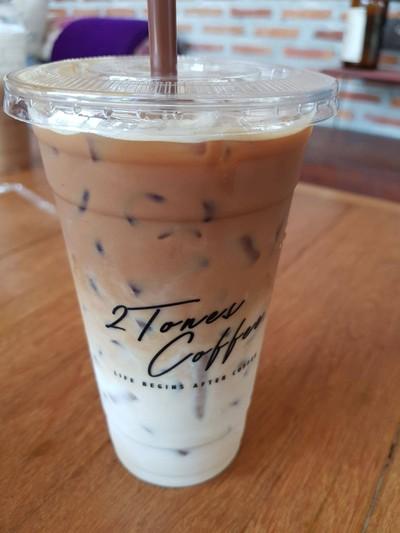 2 Tones Coffee (ทูว์ โทน คอฟฟี่)