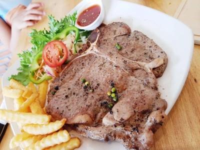 คิดถึงสเต็ก (Kid-tueng Steak)