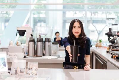 """wOrld Of café sOciety"" แก้วส่วนตัวแลกส่วนลด ลดขยะพลาสติก@CTW"