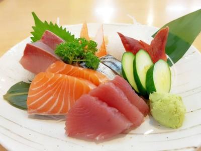 ปลาดิบรวมญี่ปุ่น