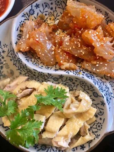 Boiled chicken marinated with Chinese wine and Jellyfish with white sesame and sesame oil