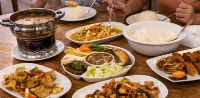 """[รีวิว] """"เพื่อนรัก"""" ร้านอาหารไทย รสชาติอาหารพื้นเมืองแท้ที่ยากจะหาได้!"""