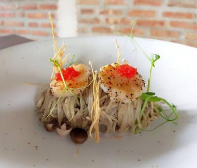 Cold pasta capellini Truffle with scallop