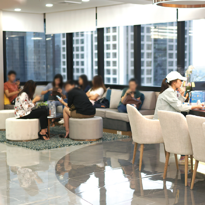 Aura Bangkok Clinic BTS ช่องนนทรี