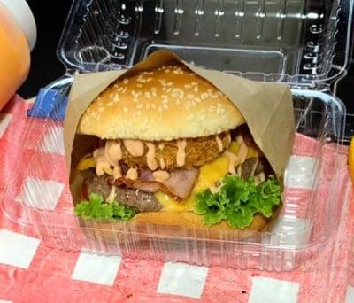 เบอร์เกอร์เนื้อวากิว