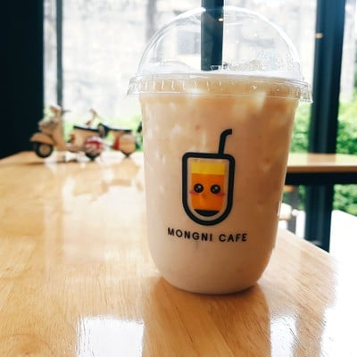 Mongni cafe หม่องนี่ คาเฟ่