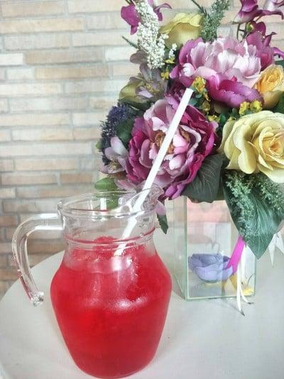 น้ำแดงโซดา