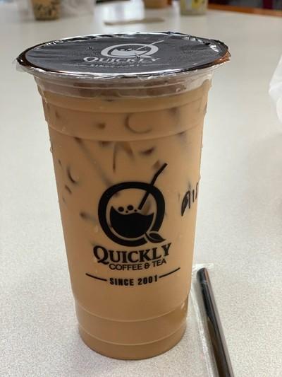 Quickly Coffee & Tea ท่าเรือวังหลัง