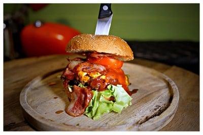 Amp Burger & Bar