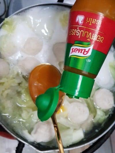 วิธีทำ ต้มจืดผักกาดขาว ไก่บอล