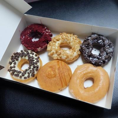Krispy Kreme (คริสปี้ ครีม) เดอะ แพลทินัม แฟชั่น มอลล์