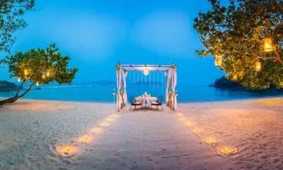 Romantic Private Beachfront Cabana Dining
