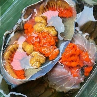 ปูไข่ดอง แมนชั่น by Queen Crab
