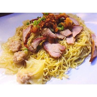 Ho Sek Min - บะหมี่เกี๊ยวกวางตุ้ง แฟลตสวนกวางตุ้ง