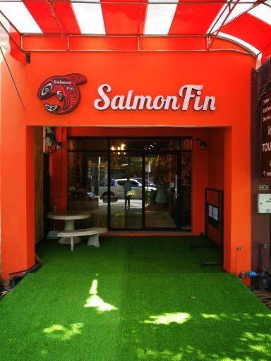 Salmonfin สตรีวิทยา2