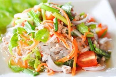 ยำ10 บาท (Yum 10 baht) แจ้งวัฒนะ